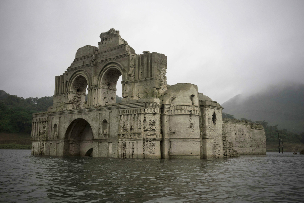 Underwater Church 2
